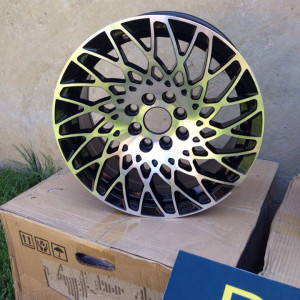PUR RS09 5*100/5*114.3 7.0J
